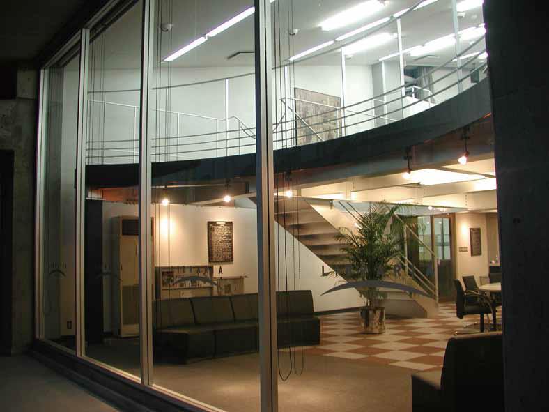 学園独自の探究的学習が生まれる舞台となった図書館リブラリア(2002年)